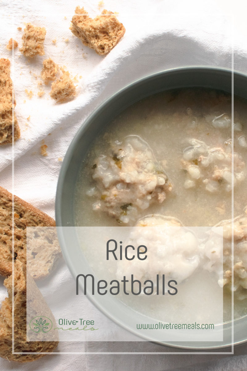 RiceMeatball Soup in grey bowl with rye rusks